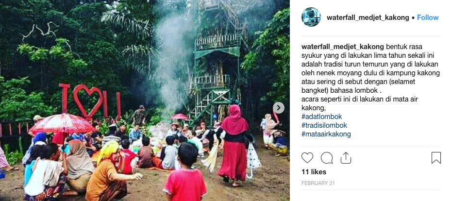 Acara syukur yang dilakukan warga di Mata AIr Kakong