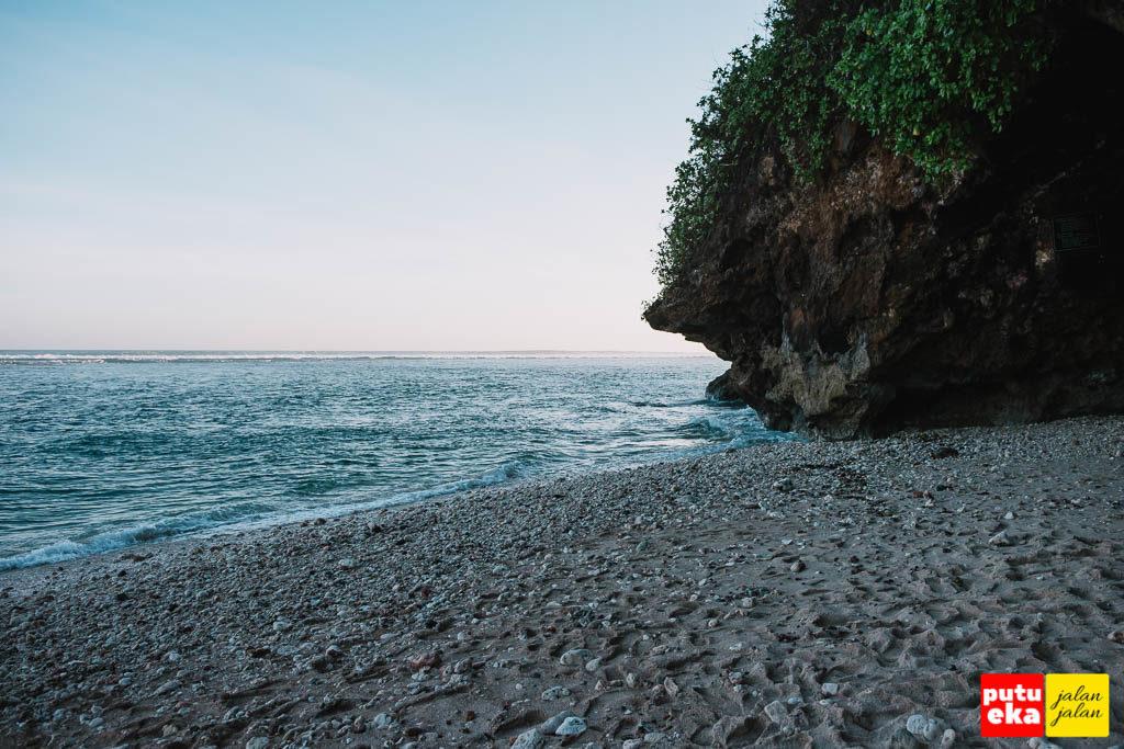 Bagian ujung barat dari pantai