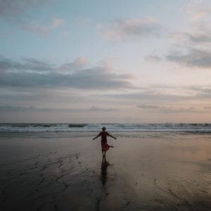 Pantai Pasut Legenda Balap Liar diatas Pasir Hitam